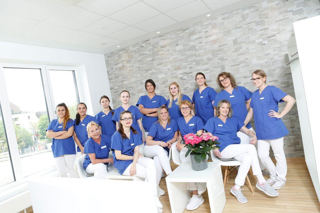 Stellenanzeigen Zahnarzt - Dr. Bösch & Kollegen in Pforzheim
